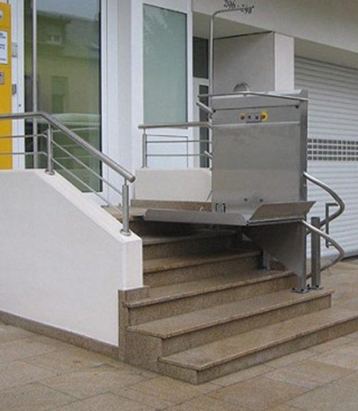 Šikmá schodisková plošina GTL